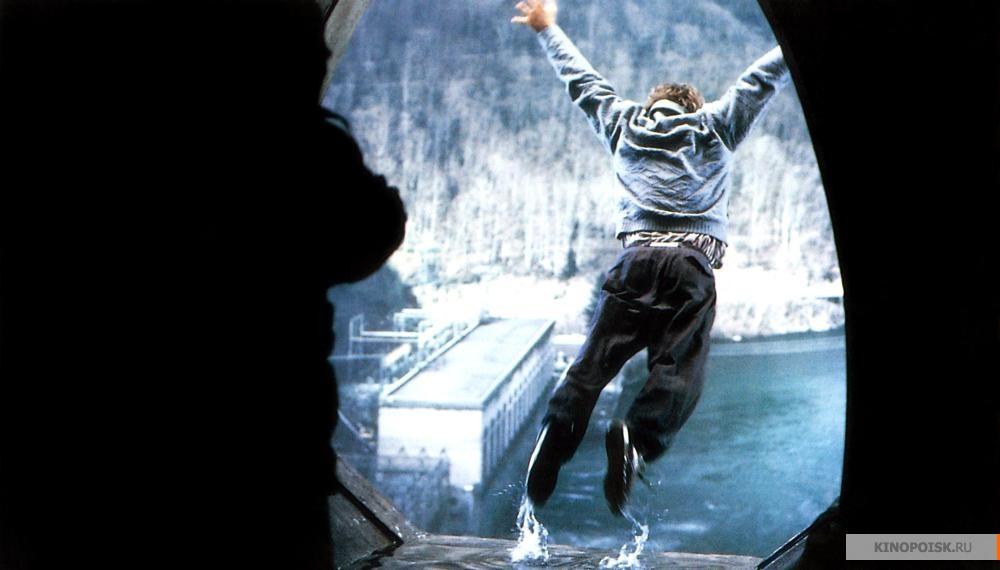 Кадр из фильма The Fugitive