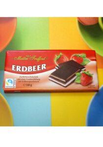 Шоколад Maitre Truffout Erdbeer постер