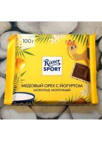 Шоколад Ritter Sport Медовый орех с йогуртом постер