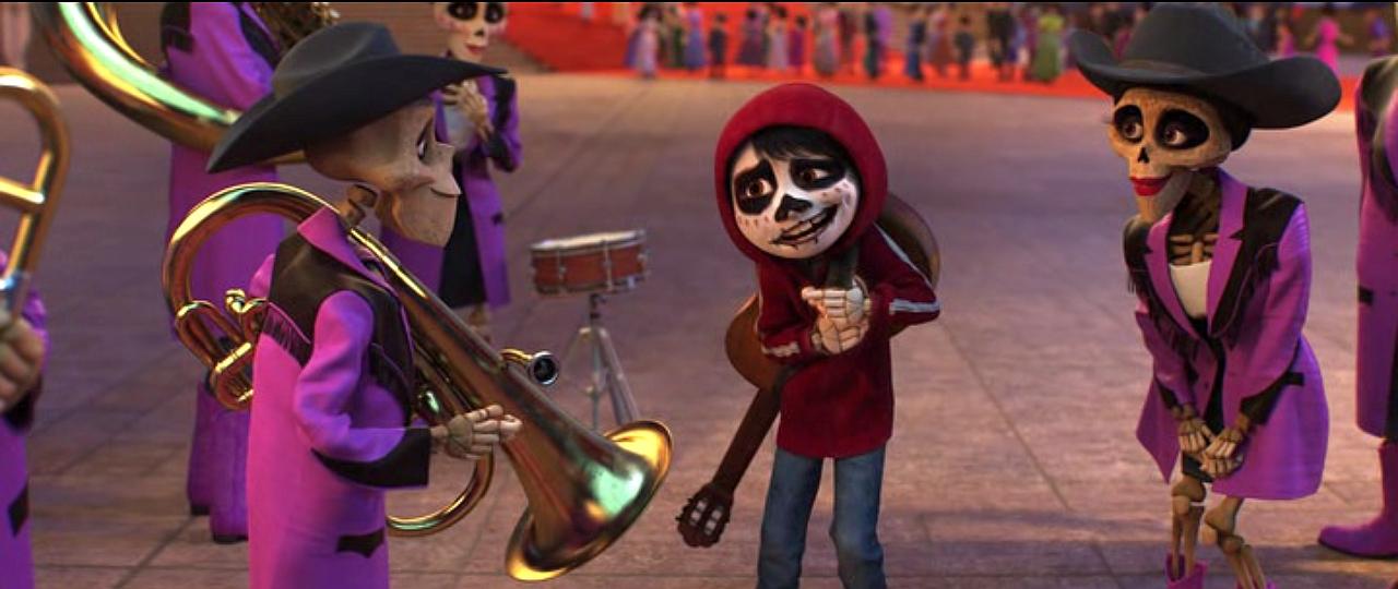 Кадр из мультфильма Coco (2017)