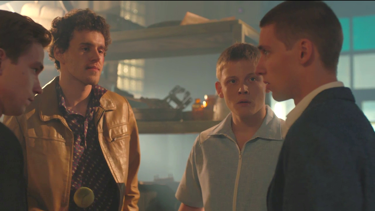 Кадр из сериала Фарца (2015)